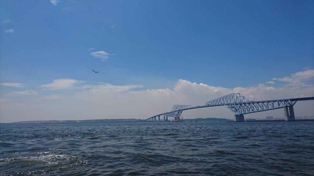 そこはもう海。ゲートブリッジを遠望