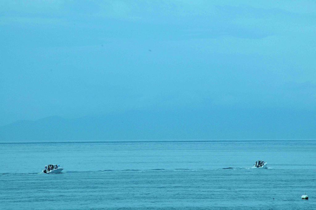 神戸沖 海遊します!